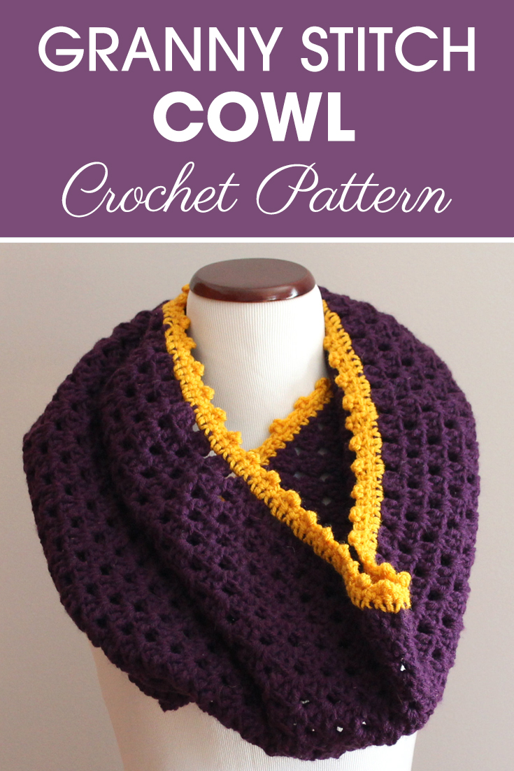 If you are an intermediate crocheter and looking for a fun project to make, this is the granny stitch cowl for you!#crochet #crochetlove #crochetaddict #crochetpattern #crochetinspiration #ilovecrochet #crochetgifts #crochet365 #addictedtocrochet #yarnaddict #yarnlove #crochetcowl
