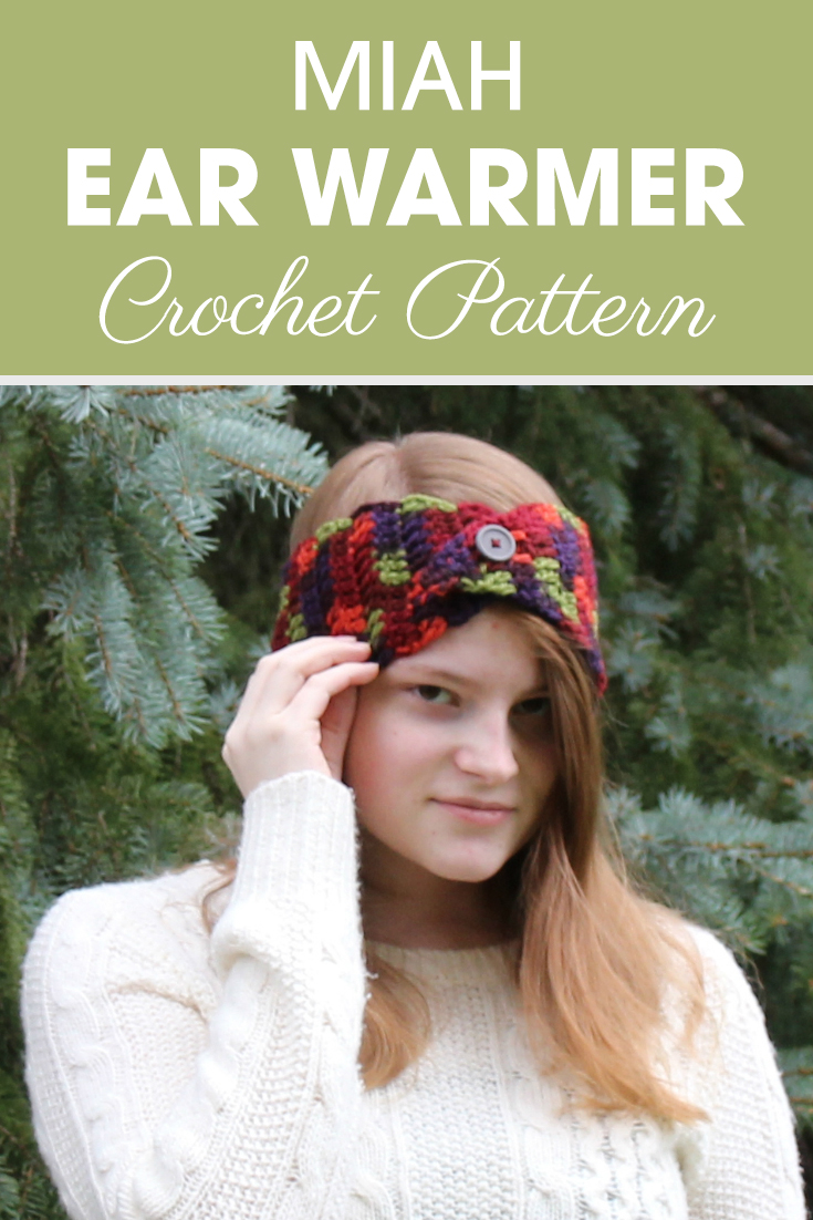 These button flap ear warmers are perfect for a fall craft show! #crochet #crochetlove #crochetaddict #crochetpattern #crochetinspiration #ilovecrochet #crochetgifts #crochet365 #addictedtocrochet #yarnaddict #yarnlove #crochetaccessory