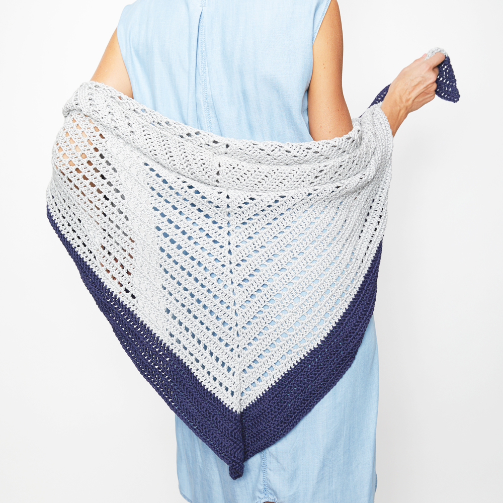 The Summer Shawl is cozy enough to make up for the sun's absence, at least until next summer. #crochetpattern #crochetshawl #crochetsummer #crochetlove #crochetaddict