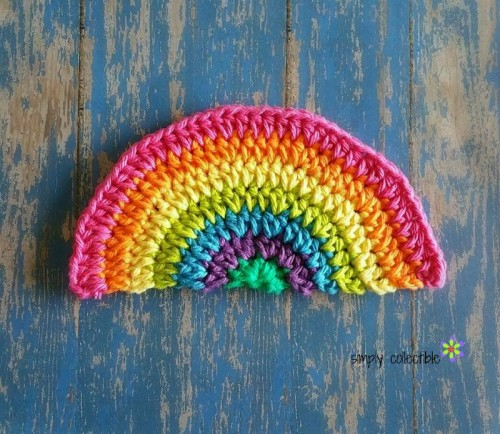 Rainbow Daze Dishcloth - Crochet dishcloth patterns are fun to work up and faster than any others. #EasyCrochetDishclothPatterns #crochetpatterns #dishclothpatterns #crochetaddict