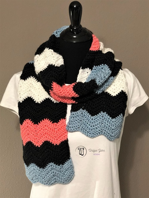 Soft Ripple Chevron Scarf Crochet - These crochet scarf patterns will inspire creativity and excitement in you. #crochetscarfpatterns #crochetpatterns #crochetscarf #crochetaddict  Pattern