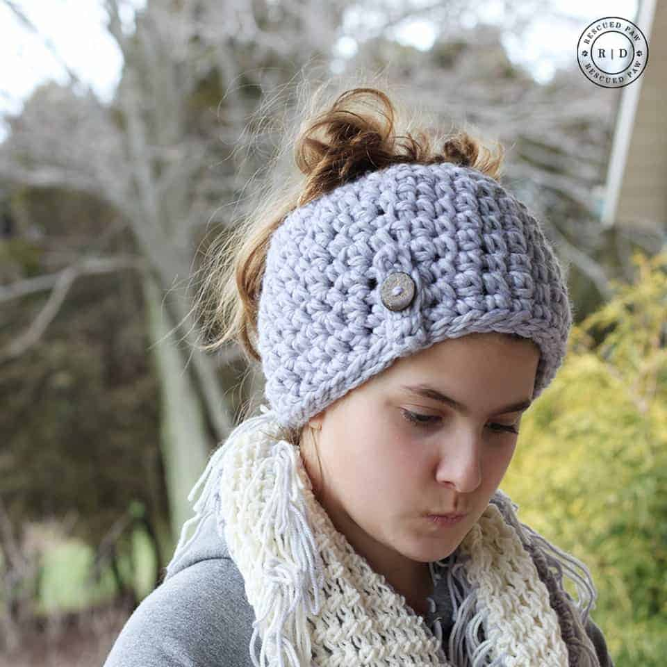 1 Hour Crochet Messy Bun Hat - These crochet hat patterns are so stylish and fun to make. Each one uses different crochet stitches to create one of a kind designs. #MessyBunHatCrochetPatterns #HatCrochetPatterns #CrochetPatterns
