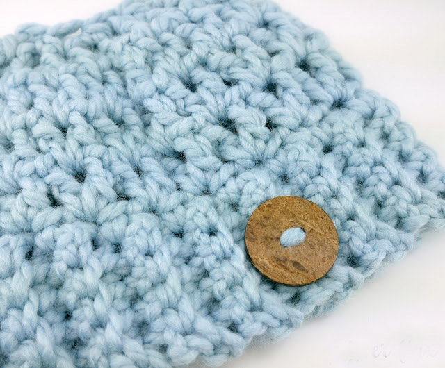 Chunky Messy Bun Hat - These crochet hat patterns are so stylish and fun to make. Each one uses different crochet stitches to create one of a kind designs. #MessyBunHatCrochetPatterns #HatCrochetPatterns #CrochetPatterns
