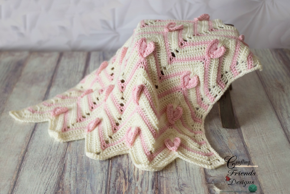 Heartbeat Chevron Afghan - These crochet blankets are so pretty and an adventure to make. Test out your stitch knowledge with these exciting afghan patterns. #ChevronCrochetBlanket #CrochetBlanket #CrochetPatterns