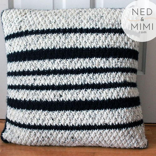 Black and White Throw Pillow - These are the best pillows and they're all so beautiful. There are more fun, vibrant designs and more modern crochet pillows on this list. #EasyCrochetPillows #CrochetPillows #CrochetPatterns