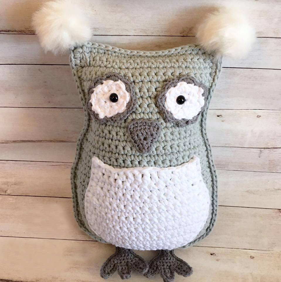 Owl Throw Pillow/Plushie - These are the best pillows and they're all so beautiful. There are more fun, vibrant designs and more modern crochet pillows on this list. #EasyCrochetPillows #CrochetPillows #CrochetPatterns
