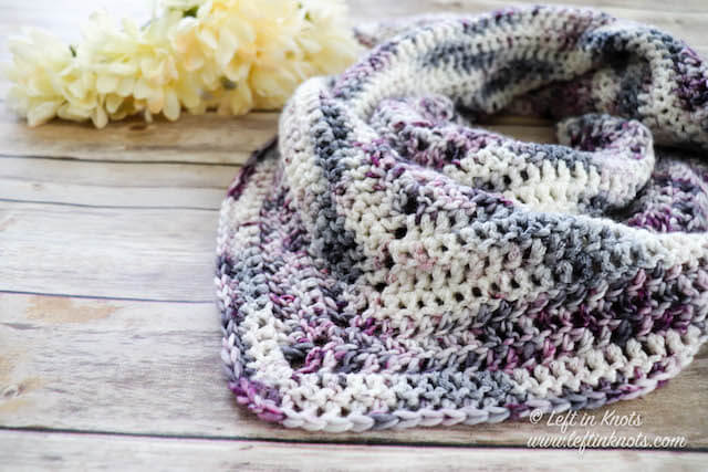 Crochet Luna Shawl - No matter what you're looking for these crochet shawl patterns will allow you to learn, grow and express yourself! #crochetshawlpatterns #crochetpatterns #freecrochetpatterns