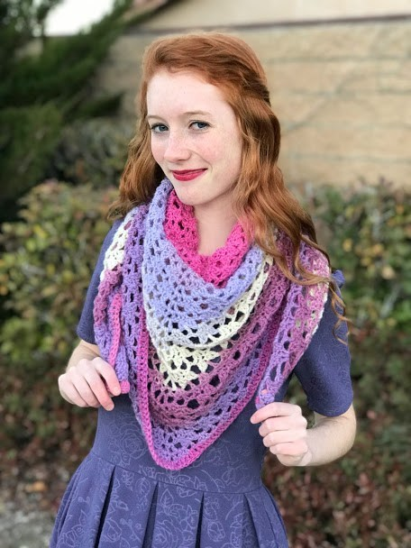 The Amore Shawl - No matter what you're looking for these crochet shawl patterns will allow you to learn, grow and express yourself! #crochetshawlpatterns #crochetpatterns #freecrochetpatterns