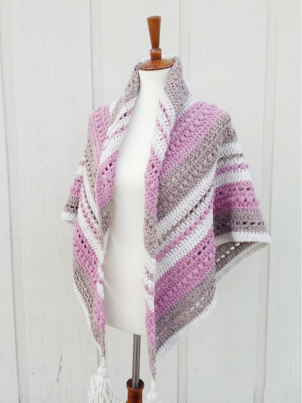 What You Love Shawl - No matter what you're looking for these crochet shawl patterns will allow you to learn, grow and express yourself! #crochetshawlpatterns #crochetpatterns #freecrochetpatterns