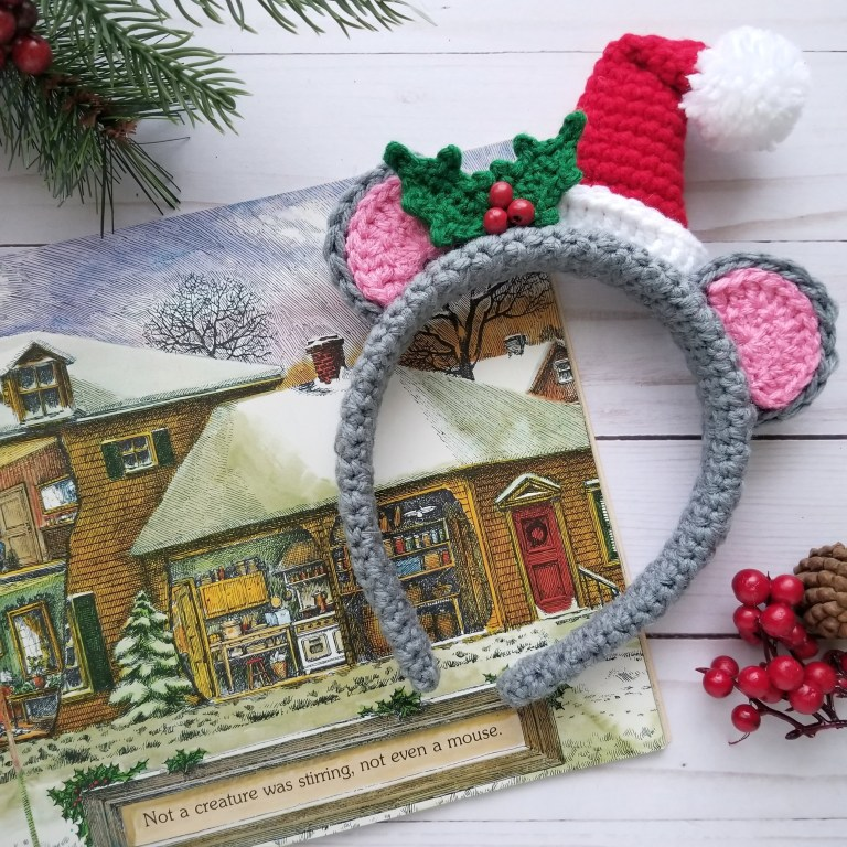 Holiday Mouse Headband - This list of free crochet patterns has some fun Christmas decorations that will deck your halls and bring jolly to your days! #crochetpatterns #christmascrochetpatterns #holidaycrochetpatterns