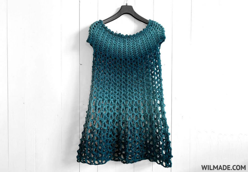 Crochet Poncho Dress - These free crochet poncho patterns may be used this winter, but many of the designs here can also work up to spring and even on a cool summer day! #freecrochetponchopatterns #crochetponcho #crochetpatterns